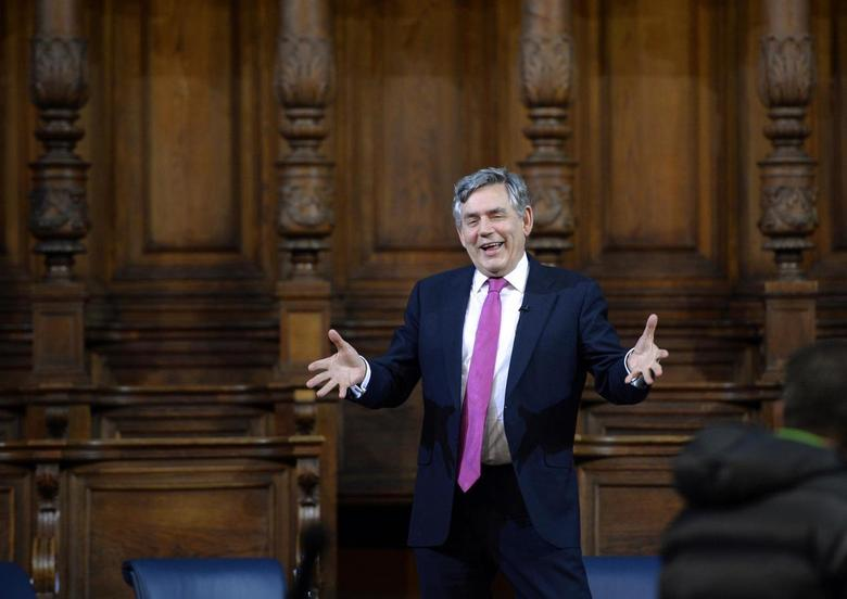 Former British Prime Minister Gordon Brown speaks at the inaugural meeting of the Global Citizenship Commission at the McEwan Hall of the University of Edinburgh in Edinburgh, Scotland October 19, 2013. REUTERS/Russell Cheyne