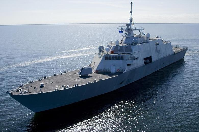 The future USS Freedom (LCS 1), the first ship in the U.S. Navy's new Littoral Combat Ship (LCS) class, undergoes builder's trials on Lake Michigan near Marinette, Wisconsin in this picture taken July 28, 2008. REUTERS/U.S. Navy/Lockheed-Martin/Handout