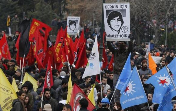 Death of Turkish boy hurt in protests triggers fresh unrest