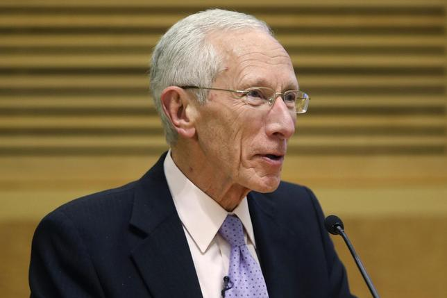 Former Bank of Israel Governor Stanley Fischer delivers remarks during a panel discussion on financial crises at the International Monetary Fund (IMF) Jacques Polak Annual Reasearch Conference in Washington, November 8, 2013. REUTERS/Jonathan Ernst