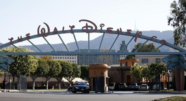 The entrance gate to The Walt Disney Co is pictured in Burbank, California February 5, 2014. REUTERS/Mario Anzuoni/Files