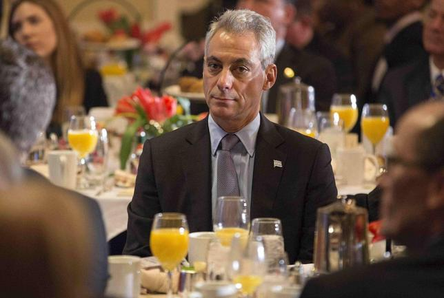 Mayor of Chicago Rahm Emanuel sits during the U.S. Conference of Mayors Winter Meeting in Washington January 23, 2014. REUTERS/Joshua Roberts