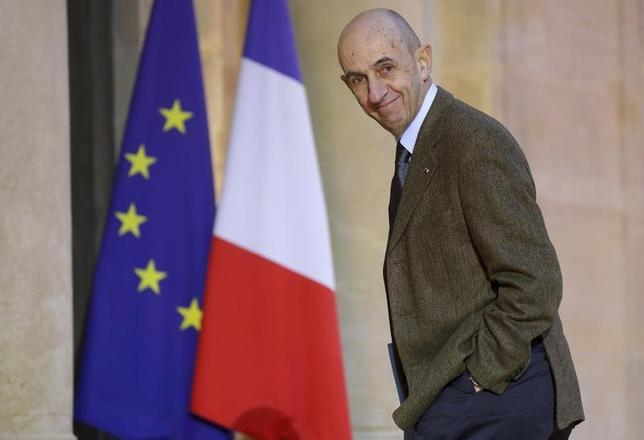 Louis Gallois, France's General Commissioner for Investment, arrives at the Elysee Palace in Paris to attend a meeting on investment strategy, January 10, 2013. REUTERS/Philippe Wojazer