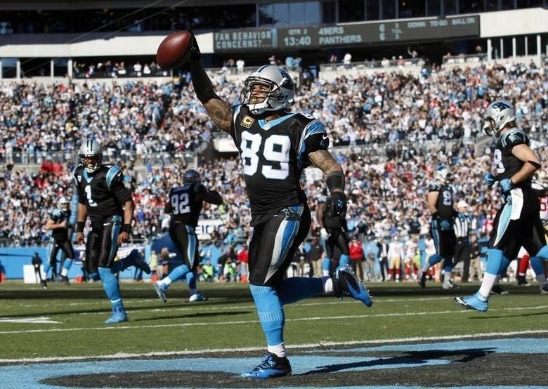 Jan 12, 2014; Charlotte, NC, USA; Carolina Panthers wide receiver Steve Smith (89) celebrates a touchdown against the San Francisco 49ers during the first half of the 2013 NFC divisional playoff football game at Bank of America Stadium. Mandatory Credit: Jeremy Brevard-USA TODAY Sports