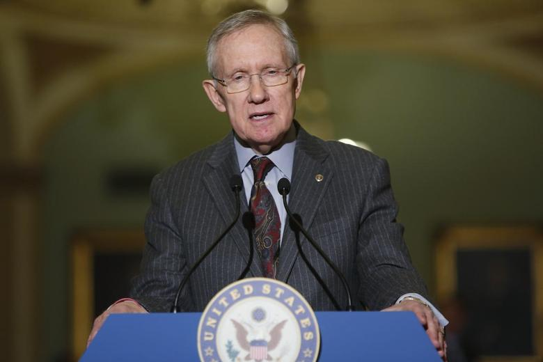 U.S. Senate Majority Leader Harry Reid (D-NV) speaks to reporters after the weekly Democratic caucus luncheon at the U.S. Capitol in Washington, January 7, 2014. REUTERS/Jonathan Ernst