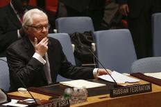 Представитель России при ООН Виталий Чуркин на заседании Совета безопасности ООН в Нью-Йорке 3 марта 2014 года. США попытались согласовать в Совете безопасности ООН проект резолюции, объявляющей воскресный референдум о независимости украинского Крыма незаконным, но дипломаты говорят, что Россия пообещала наложить на него вето. REUTERS/Shannon Stapleton
