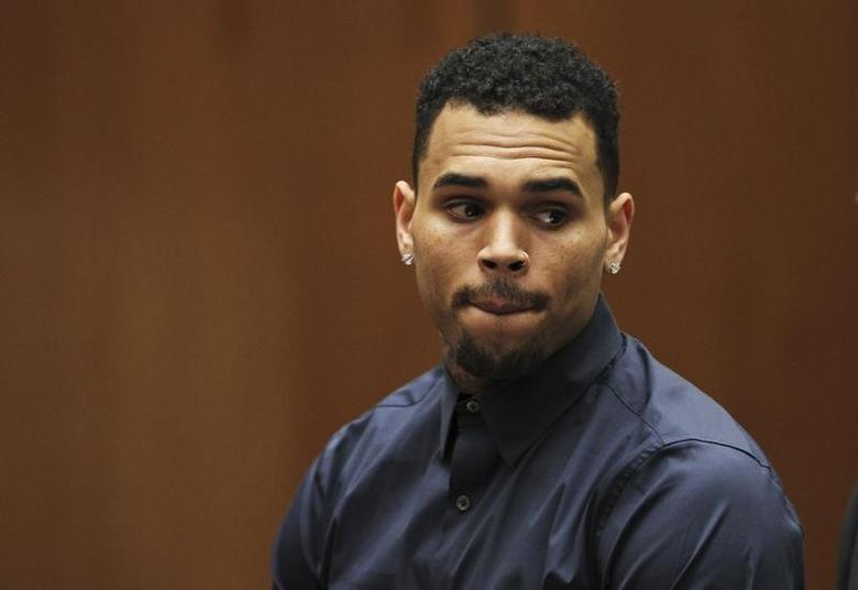 Singer Chris Brown appears for a probation progress hearing at the Clara Shortridge Foltz Criminal Justice Center in Los Angeles, California February 3, 2014. REUTERS/David McNew/Pool/Files