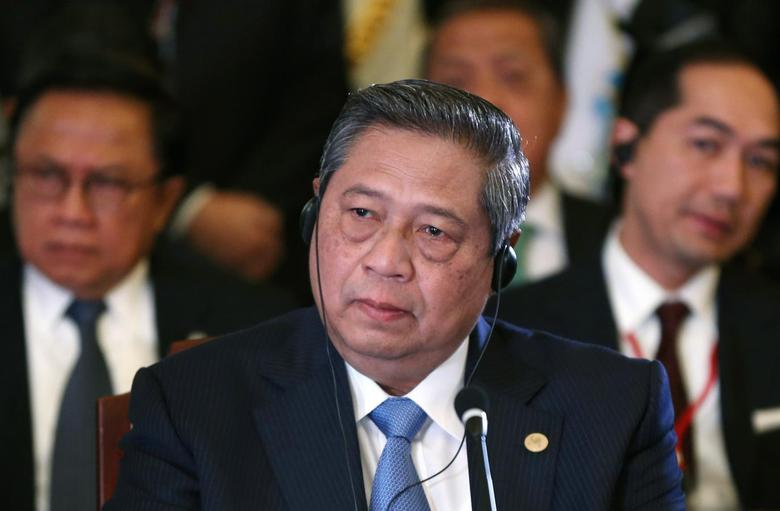 Indonesia's President Susilo Bambang Yudhoyono attends the first session of ASEAN-Japan Commemorative Summit Meeting at the state guest house in Tokyo December 14, 2013. REUTERS/Toru Hanai