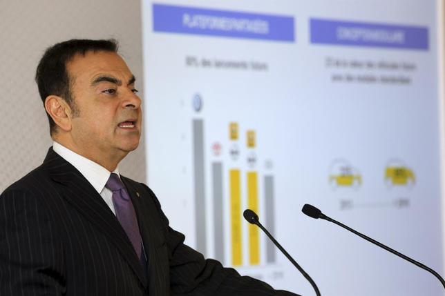 Carlos Ghosn, Chairman and Chief Executive Officer of Renault-Nissan Alliance, speaks during Renault's 2013 annual results presentation at their headquarters in Boulogne-Billancourt, near Paris February 13, 2014. REUTERS/Philippe Wojazer
