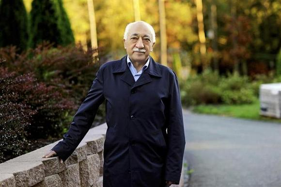Islamic preacher Fethullah Gulen is pictured at his residence in Saylorsburg, Pennsylvania September 24, 2013. REUTERS/Selahattin Sevi/Zaman Daily via Cihan News Agency/Files