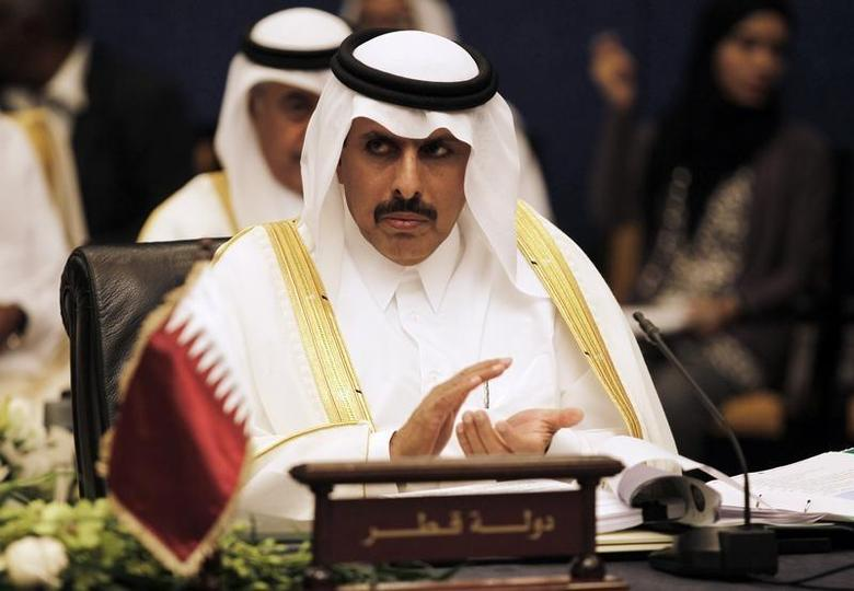 Qatar's central bank governor Sheikh Abdullah bin Saud al-Thani claps during the 58th Gulf Cooperation Council (GCC) Central Bank Governors' annual meeting in Manama September 18, 2013. REUTERS/Hamad I Mohammed