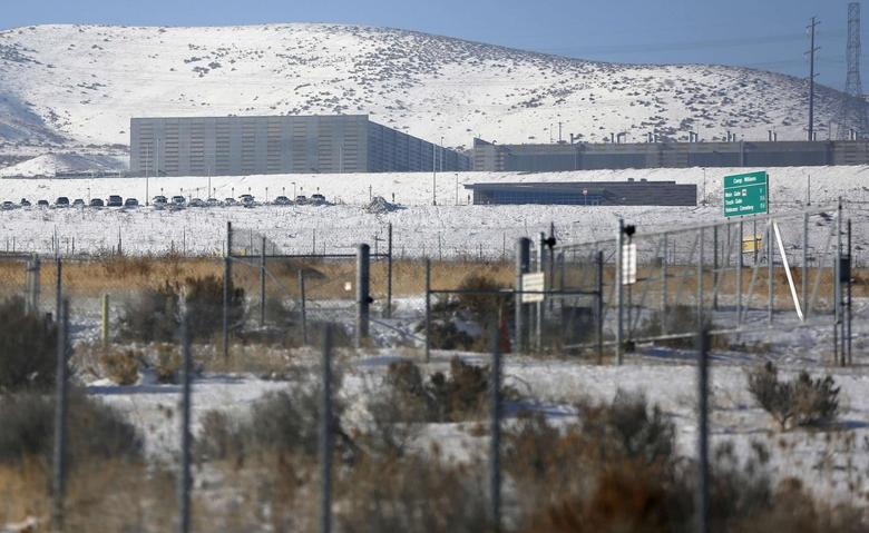A National Security Agency (NSA) data gathering facility is seen in Bluffdale, about 25 miles (40 km) south of Salt Lake City, Utah, December 16, 2013. Urquhart/REUTERS