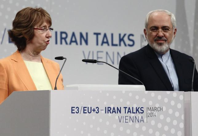 European Union foreign policy chief Catherine Ashton (L) and Iranian Foreign Minister Mohammad Javad Zarif address a news conference in Vienna March 19, 2014. REUTERS/Heinz-Peter Bader