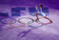 South Korea's Kim Yuna performs during the Figure Skating Gala Exhibition at the 2014 Sochi Winter Olympics February 22, 2014. REUTERS/David Gray