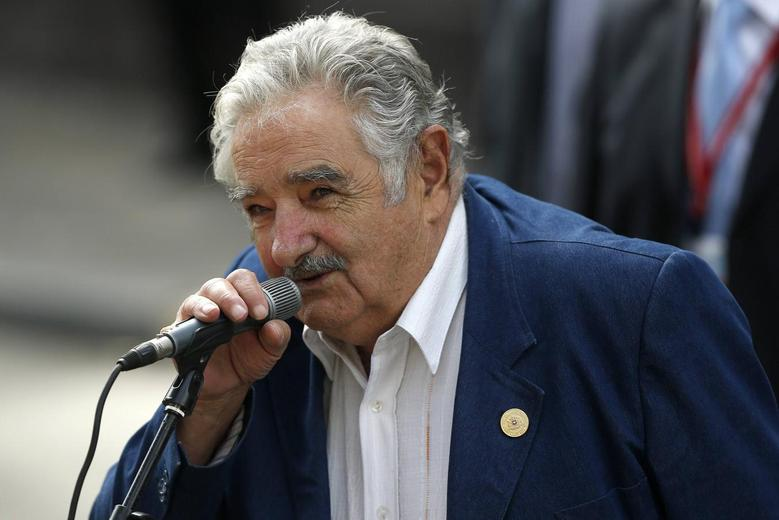 Uruguay's President Jose Mujica delivers a speech after a meeting with Chile's President-elect Michelle Bachelet (not pictured) in Santiago, March 10, 2014. REUTERS/Cristobal Saavedra