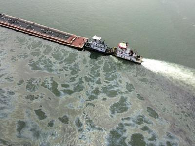 Oil spill cleanup efforts continue off Texas Gulf...