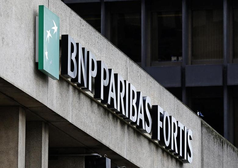 The logo of BNP Paribas Fortis is seen on the entrance of the bank headquarters in Brussels September 18, 2013. REUTERS/Yves Herman