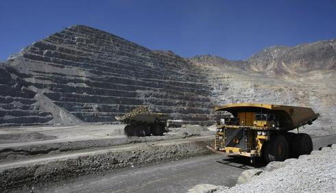 Anglo American halting Chile Los Bronces mine ops due to protest
