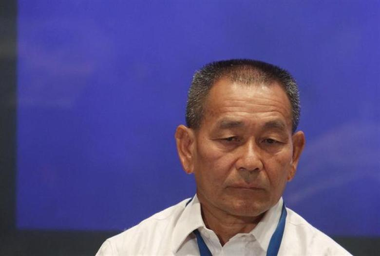 Malaysia Airlines Chief Executive Officer (CEO) Ahmad Jauhari Yahya listens at a news conference at a hotel near Kuala Lumpur International Airport in Sepang March 9, 2014. REUTERS/Edgar Su