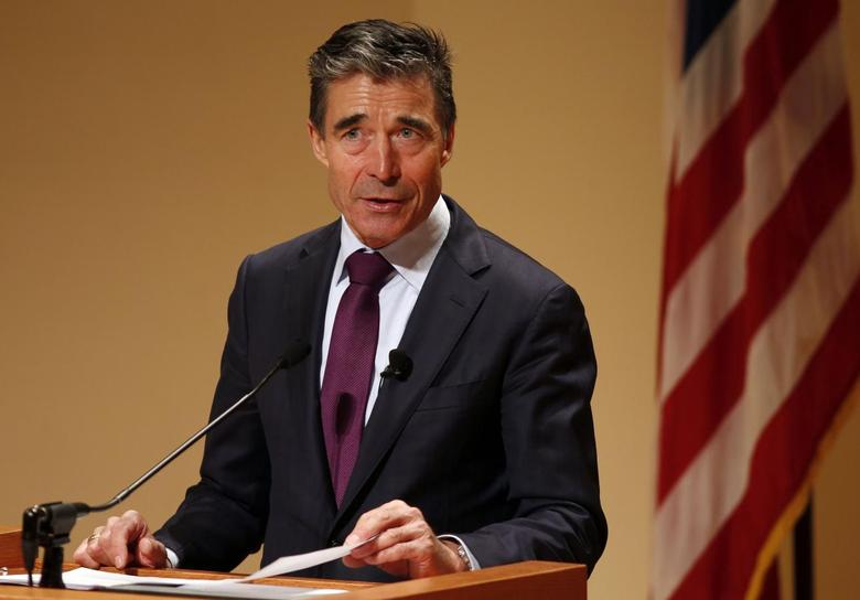NATO Secretary General Anders Fogh Rasmussen speaks after receiving the Hillary Rodham Clinton Award for Advancing Women in Peace and Security while at Georgetown University in Washington, March 19, 2014. REUTERS/Larry Downing