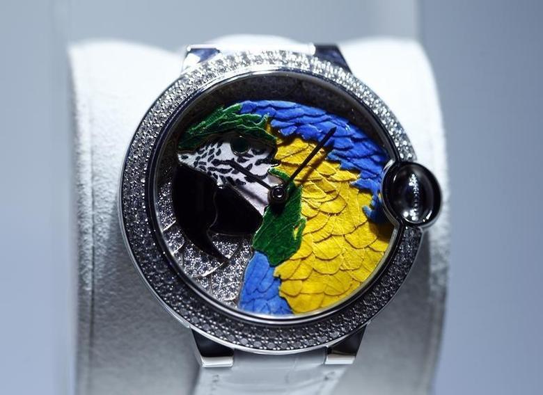 The ''Ballon Bleu'' watch model by Cartier is pictured during the ''Salon International de la Haute Horlogerie'' SIHH exhibition in Geneva January 20, 2014. REUTERS/Denis Balibouse/Files