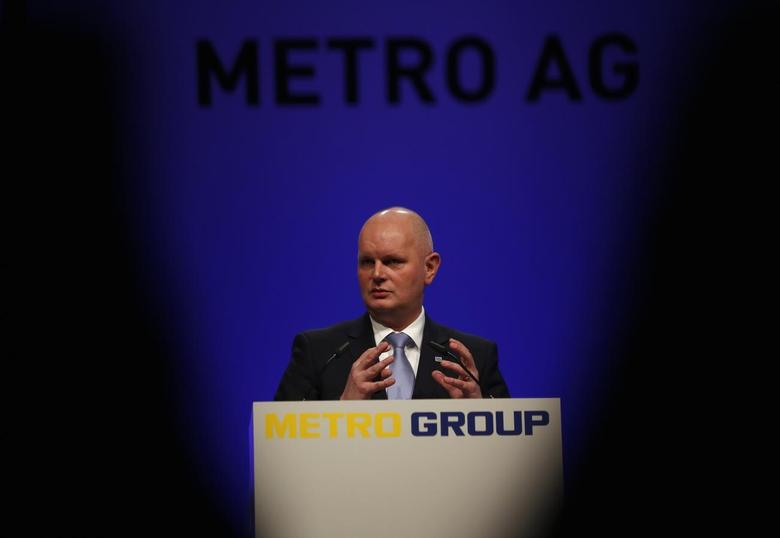 Olaf Koch, chief executive of Metro AG, addresses the annual shareholder meeting in Dusseldorf February 12, 2014. REUTERS/Ina Fassbender