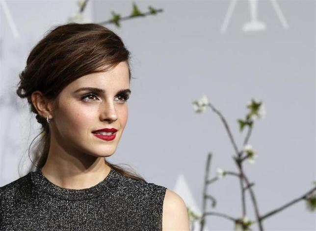 Emma Watson poses at the 86th Academy Awards in Hollywood, California March 2, 2014 REUTERS/ Mario Anzuoni/Files