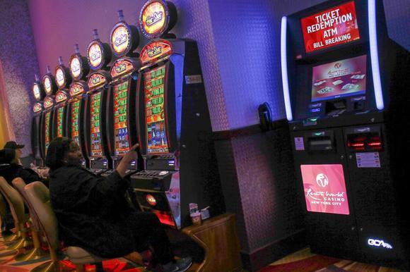 Play Online Casinos Owned Casino Bonus Online Kamus Dewan Bahasa