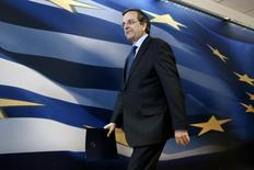 Greece's Prime Minister Antonis Samaras arrives to address reporters at a news briefing in Athens March 18, 2014. REUTERS/Yorgos Karahalis