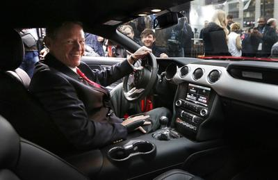Ford CEO Mulally's compensation rose 10.7 percent in 2013