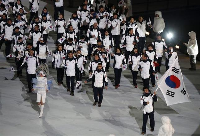 South Korea's contingent during the athletes' parade at the opening ceremony of the Sochi 2014 Winter Olympic Games February 7, 2014. REUTERS/Issei Kato/Files