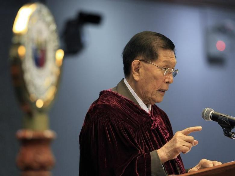 Senator Juan Ponce Enrile, Philippine senate president and presiding judge in the impeachment trial of Supreme Court Chief Justice Renato Corona, explains his vote at the conclusion of the trial in Manila May 29, 2012. REUTERS/Bullit Marquez/Pool