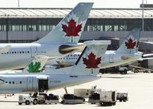 Air Canada aircraft are seen at Toronto Pearson International Airport, September 20, 2011. REUTERS/Mark Blinch