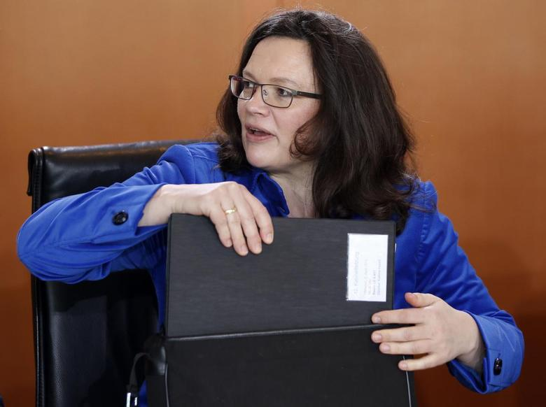 German Labor Minister Andrea Nahles holds her files during a cabinet meeting at the Chancellery in Berlin, April 2, 2014. REUTERS/Fabrizio Bensch
