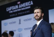 "Cast member Chris Evans poses at the premiere of ""Captain America: The Winter Soldier"" at El Capitan theatre in Hollywood, California March 13, 2014. The movie opens in the U.S. on April 4. REUTERS/Mario Anzuoni"