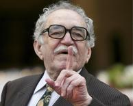 El anciano escritor colombiano Gabriel García Márquez, premio Nobel de Literatura, fue hospitalizado en México, dijo el jueves la Secretaría de Salud local. Ciudad de México, 16 de abril de 2009. REUTERS/Eliana Aponte