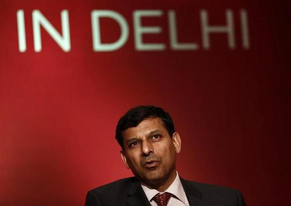 Reserve Bank of India (RBI) Governor Raghuram Rajan attends a seminar organised by the University of Chicago in New Delhi March 28, 2014. REUTERS/Anindito Mukherjee