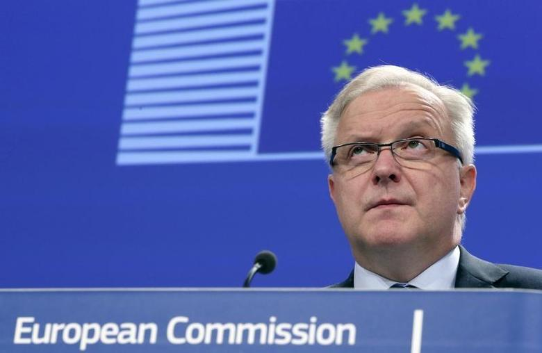 European Economic and Monetary Affairs Commissioner Olli Rehn addresses a news conference on macro-financial assistance to Ukraine, in Brussels March 19, 2014. REUTERS/Francois Lenoir