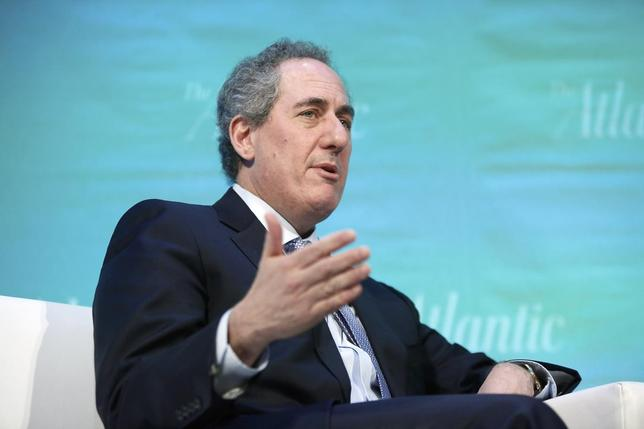 U.S. Trade Representative Michael Froman takes part in an onstage interview with Edward Luce of the Financial Times during The Atlantic Economy Summit in Washington March 18, 2014. REUTERS/Jonathan Ernst