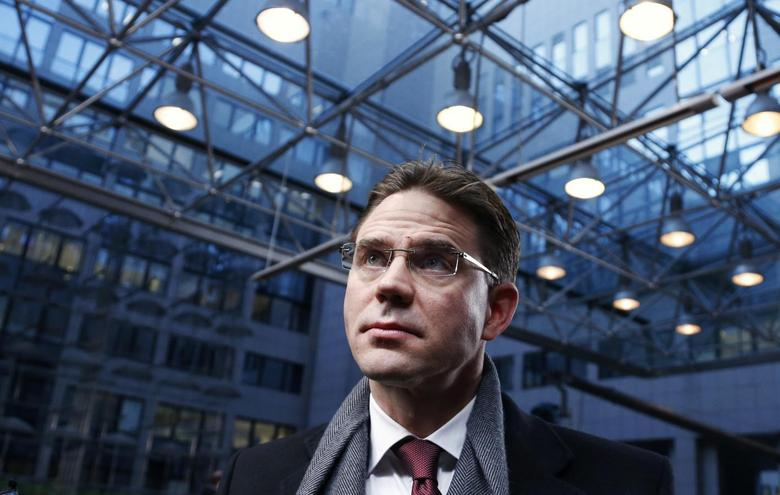 Finland's Prime Minister Jyrki Katainen talks to the media as he arrives at a European Union leaders' summit in Brussels, in this December 20, 2013 file picture. REUTERS/Francois Lenoir/Files