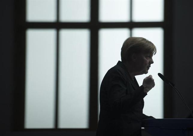 German Chancellor Angela Merkel, leader of the Christian Democratic Union (CDU), delivers a speech during the CDU congress in Berlin April 5, 2014. REUTERS/Stefanie Loos