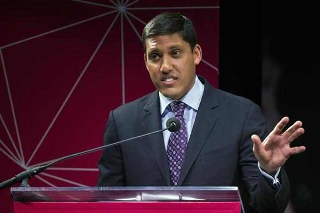 U.S. Agency for International Development (USAID) Administrator Rajiv Shah gestures during the announcement of the U.S. Global Development Lab to help end extreme poverty by 2030, in New York April 3, 2014. REUTERS/Lucas Jackson