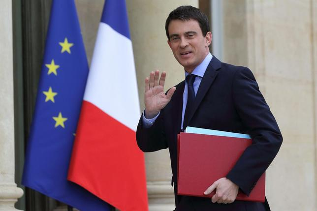 France's Prime Minister Manuels Valls arrives for the first cabinet meeting of the new government at the Elysee Palace in Paris, April 4, 2014. REUTERS/Philippe Wojazer