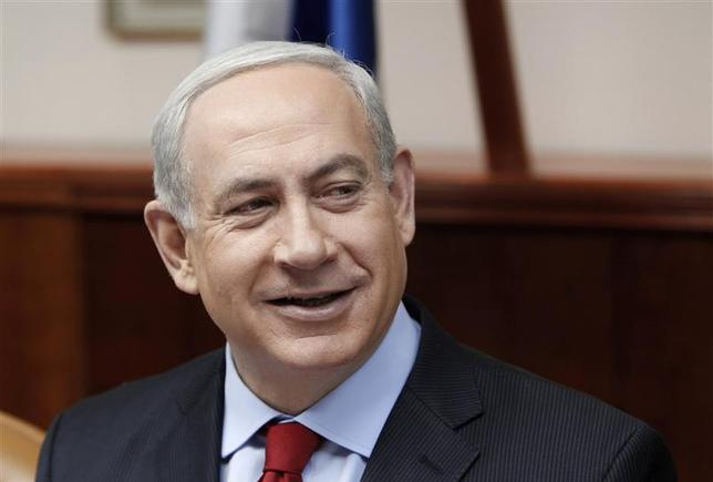 Israel's Prime Minister Benjamin Netanyahu attends the weekly cabinet meeting in Jerusalem December 9, 2012. REUTERS/Ammar Awad
