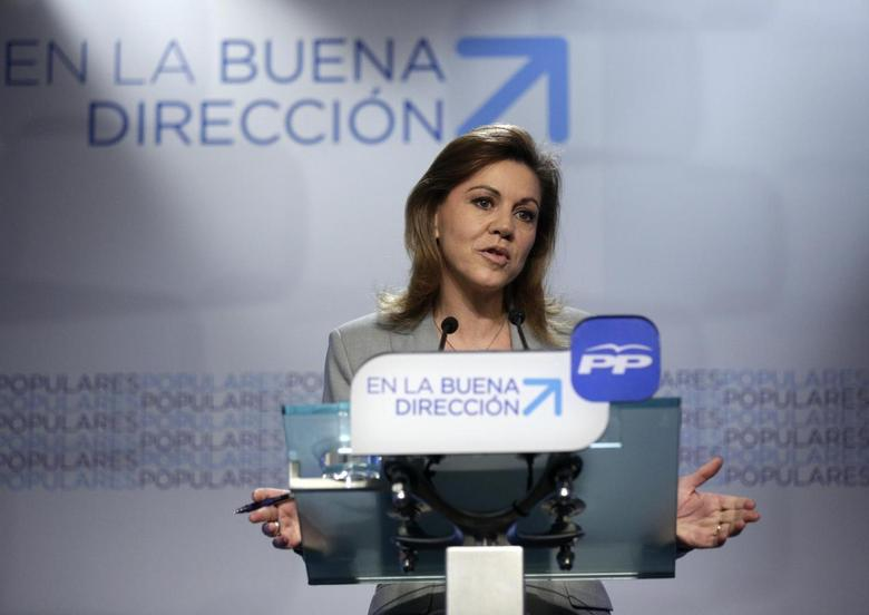 People's Party Secretary General Maria Dolores de Cospedal speaks at the party's headquarters in Madrid April 9, 2014. REUTERS/Andrea Comas