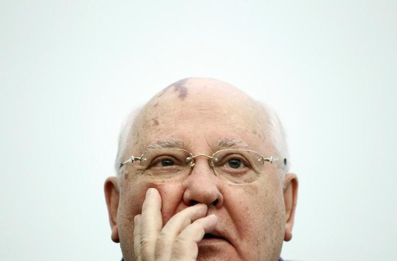 Former Soviet President Mikhail Gorbachev addresses students as he visits the International University in Moscow February 9, 2012. REUTERS/Denis Sinyakov