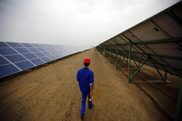 EU backs duties on Chinese solar glass imports – sources