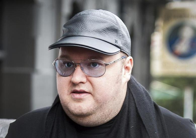Megaupload founder Kim Dotcom arrives at the New Zealand Court of Appeals in Wellington September 20, 2012. REUTERS/Mark Coote
