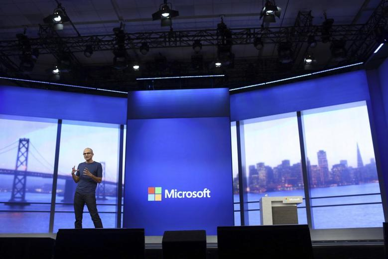 Microsoft CEO Satya Nadella gestures during his keynote address at the company's ''build'' conference in San Francisco, California April 2, 2014. REUTERS/Robert Galbraith