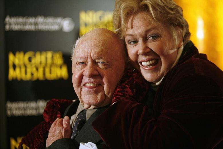 Actor Mickey Rooney (L) and his wife Janice arrive at the American Museum of Natural History for the premiere of the movie ''Night at the Museum'' in New York in this file photo taken December 17, 2006. REUTERS/Eric Thayer